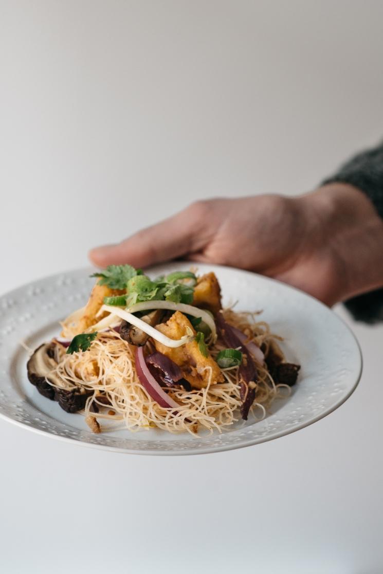 Thai and Techno - vegan sukiyaki noodles handheld